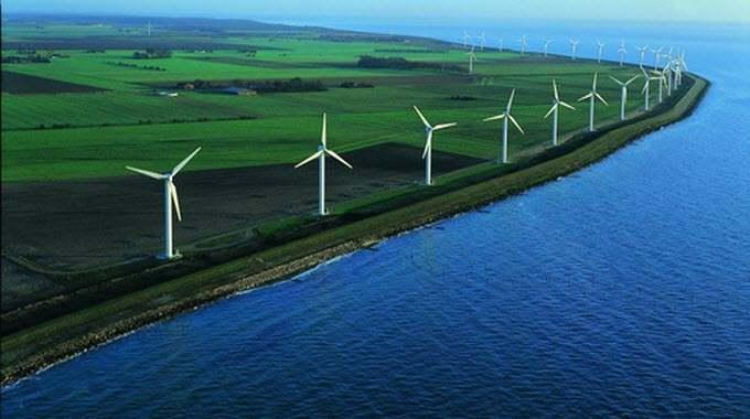 57f166f7839ae31b1f1b99ae_under30experiences-blog-costa-rica-renewable-energy-wind-farm